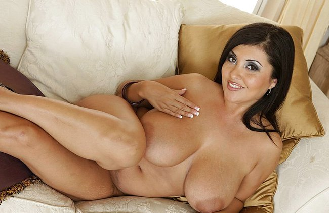 http://www.eroxvideos.com/contents/albums/main/650x650/1000/1150/15552.jpg