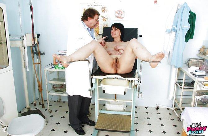 фото женщина на приеме у гинеколога