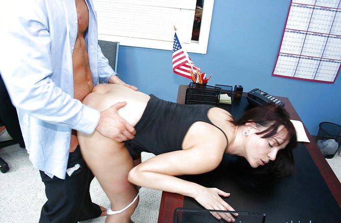 секретаршу за прибавку порно-цд1