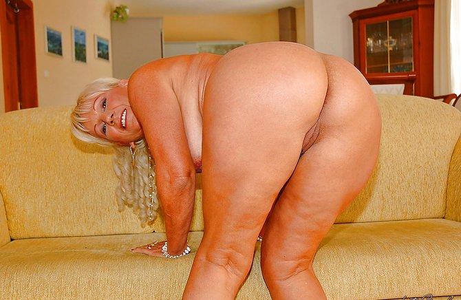 Секс мамой большой жопа фото 55173 фотография