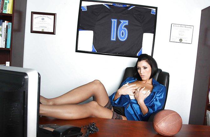 секс с красивой массажисткой