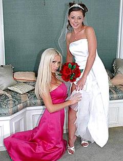 Развратные фотографии голой невесты перед свадьбой
