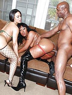 Затейливая пара пригласила проститутку