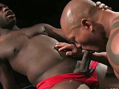 Секс двух негров получился очень жарким